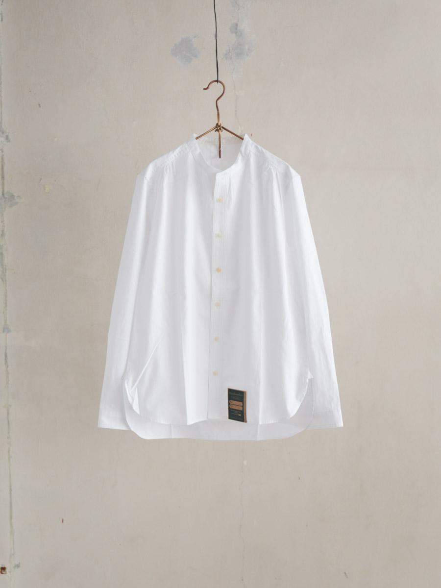 HW collarless shirt