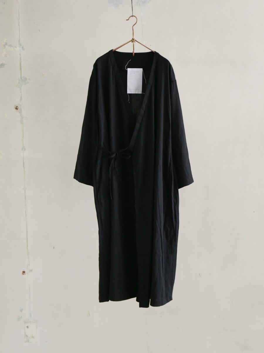 つたふ砂のback panel gown